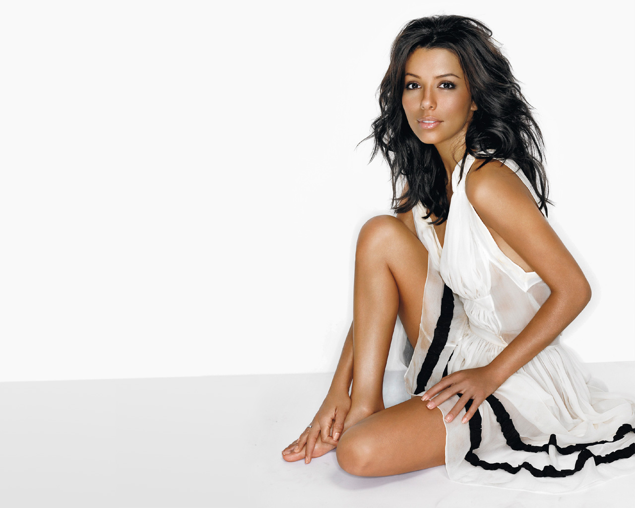 Eva Longoria Tapety HD Tła Wallpaper