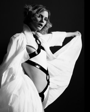 Francis Hills - Glamour Photos